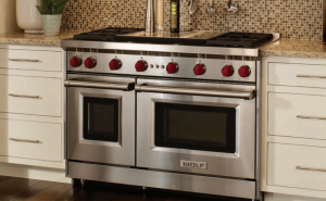 wolf-stove-in-kitchen